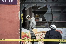 A kebab shop attacked in France after the Paris attacks - Source: Time